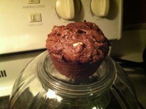 Makeshift cupcake pedestal!